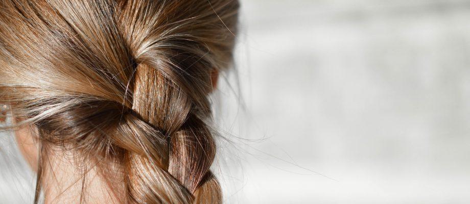 8 consells per tractar la psoriasi del cuir cabellut